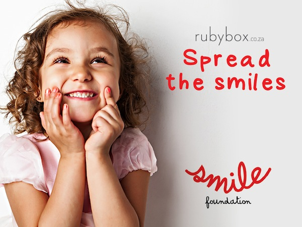 GIVE THE GIFT OF A SMILE THIS CHRISTMAS |