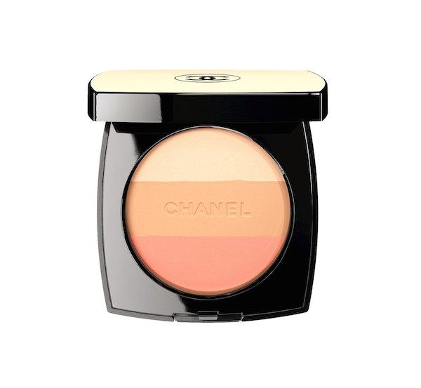 Les Beiges Healthy Glow Multi-Colour SPF 15,  R805.00