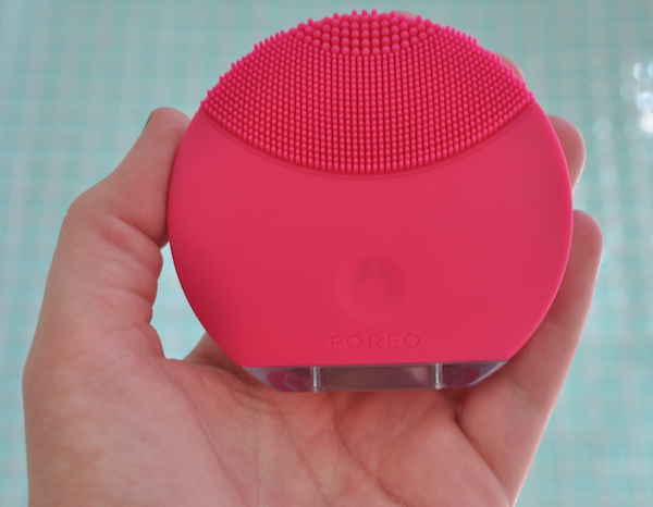 Foreo in Hand