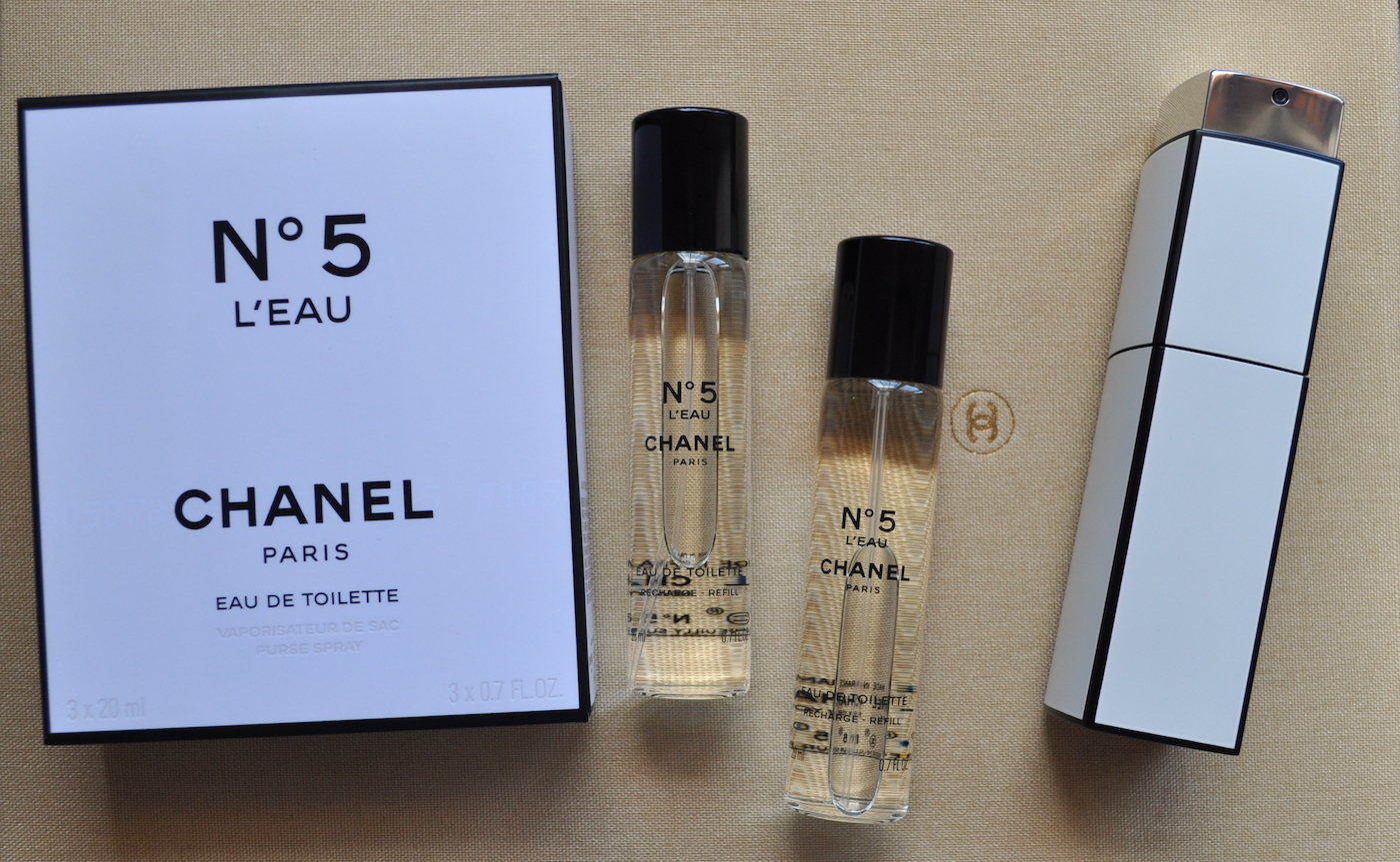 f2597c5c8443 Festive Fragrance: Chanel No. 5 L'Eau | ROUGE